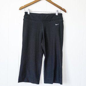 Nike Dri Fit Black Capris Small